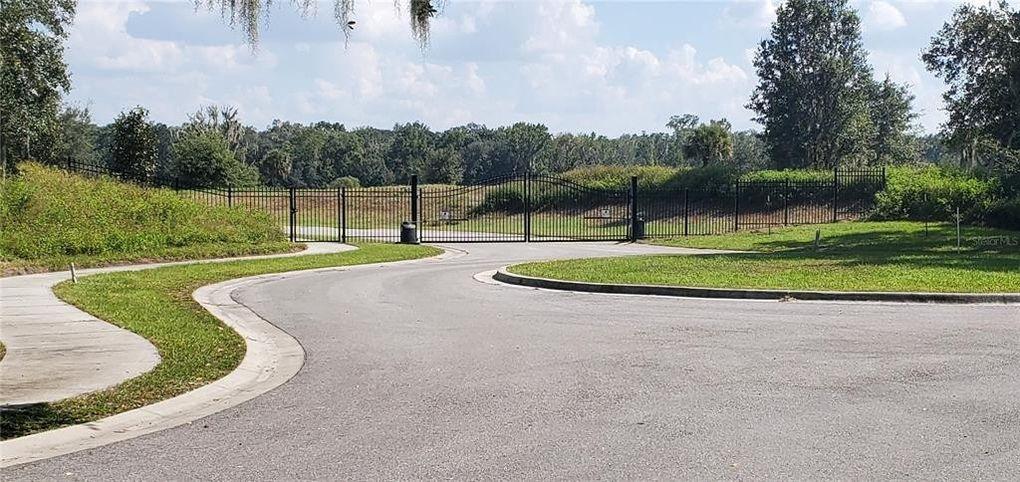 15336 Fishhawk Heights Blvd Lithia, FL 33547