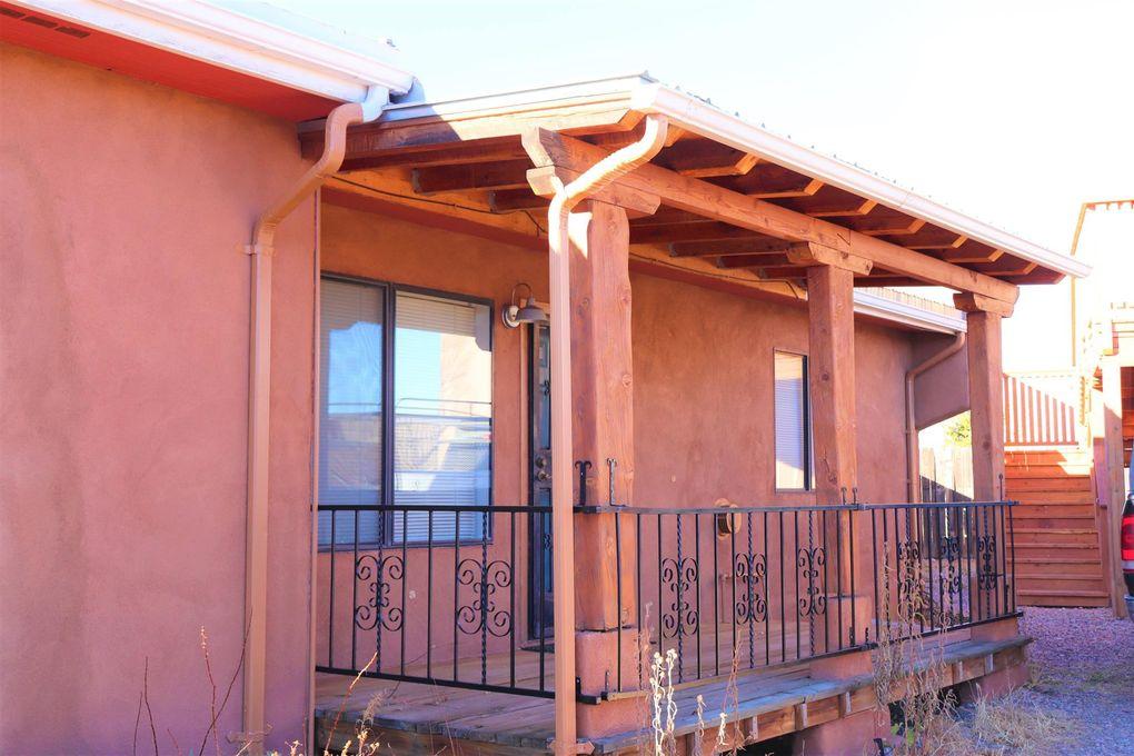 78 Calle Lazo Errante Santa Fe, NM 87507