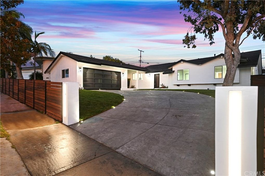 5230 Senford Ave Ladera Heights, CA 90056