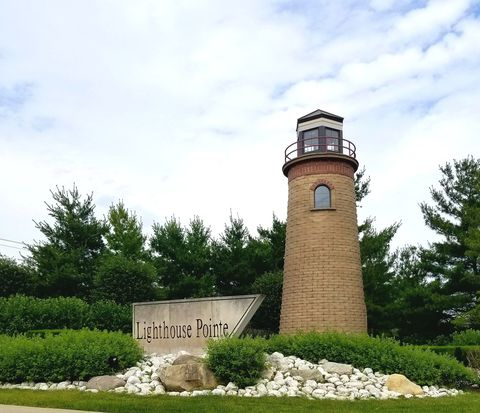 Lighthouse Pointe, Frankfort, IL Real Estate & Homes for