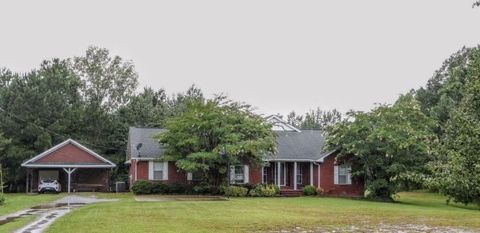 Photo of 392 County Road 1409, Mooreville, MS 38857