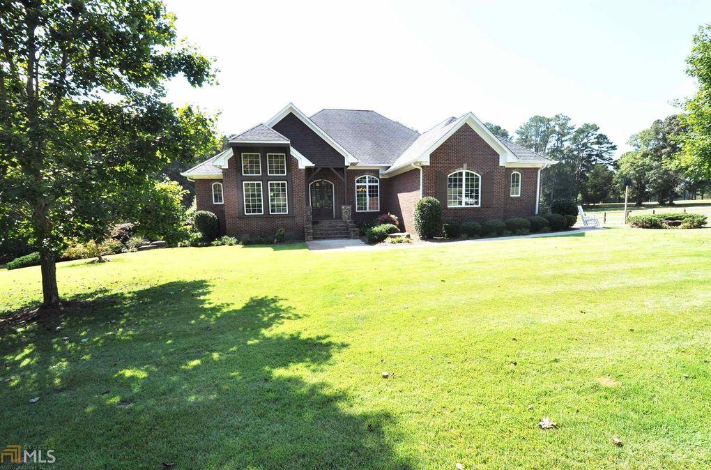904 Hillcrest Rd Hogansville, GA 30230