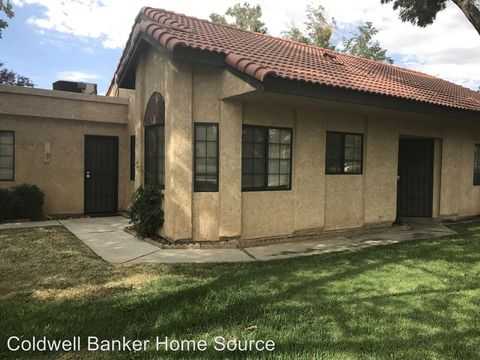 Photo of 11681 Ash St, Apple Valley, CA 92308