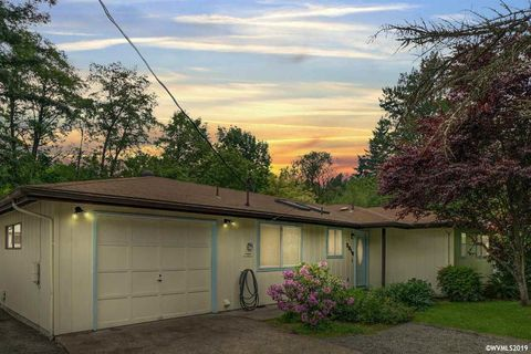 Photo of 3010 Nw Walnut Blvd, Corvallis, OR 97330