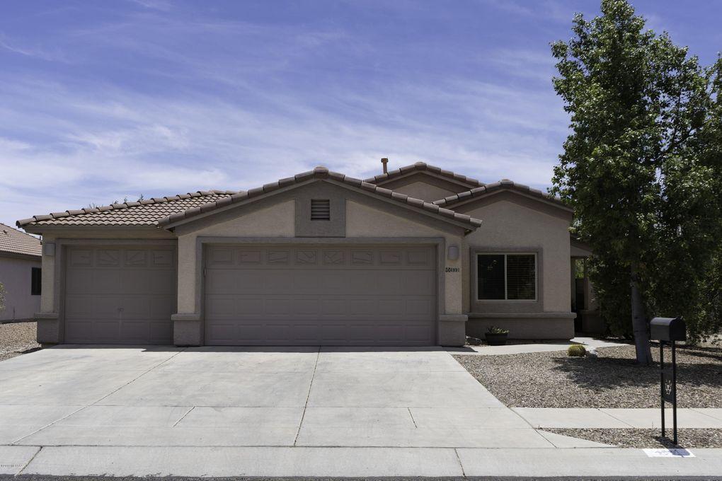 4991 W Rosebay Dr Tucson, AZ 85742
