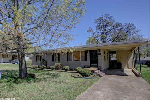 1406 Forrest Dr, Searcy, AR 72143