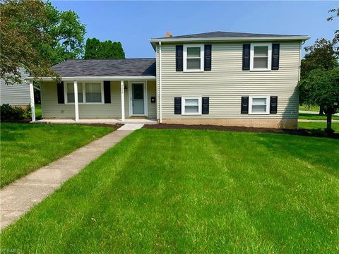 Photo of 3250 Higley Rd, Rocky River, OH 44116