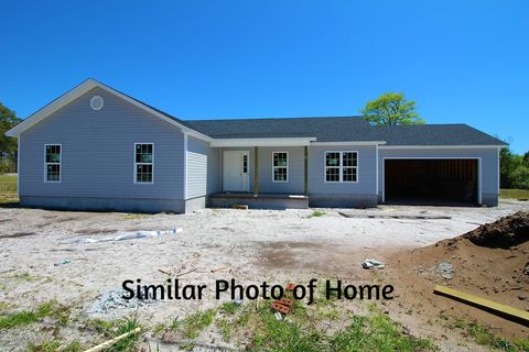 Photo of 531 Nine Foot Rd, Newport, NC 28570