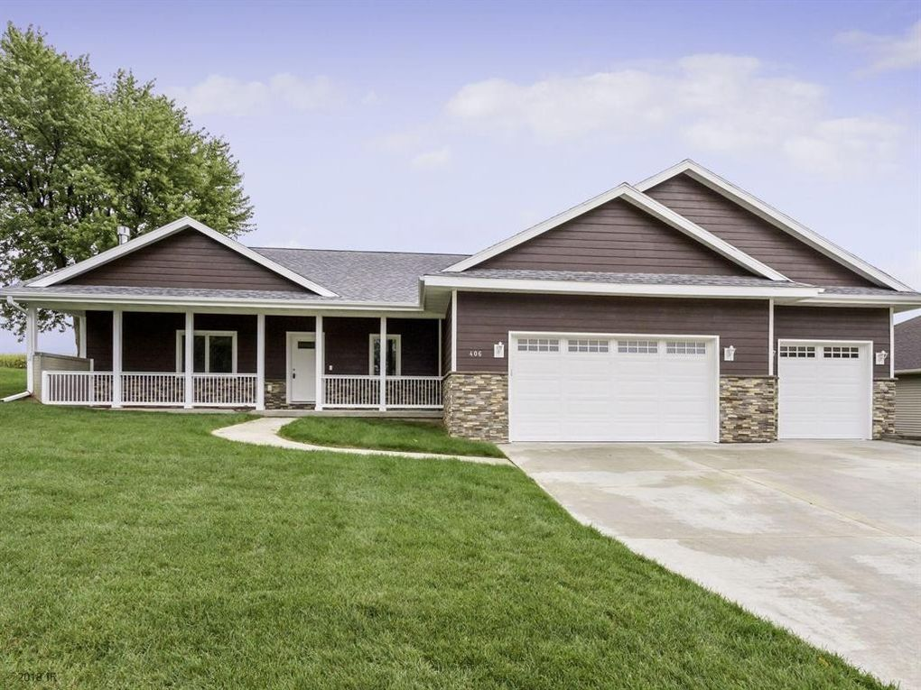 406 E 28th St S, Newton, IA 50208