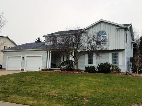 Photo of 4305 Troon Ave, Erie, PA 16506