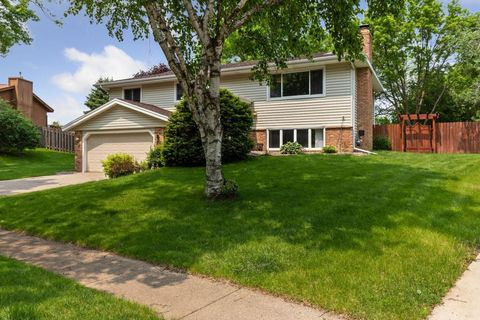 Diamond Path, Saint Paul, MN Real Estate & Homes for Sale