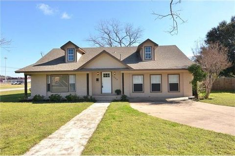 Page 7 bastrop real estate bastrop tx homes for sale for Home builders bastrop tx