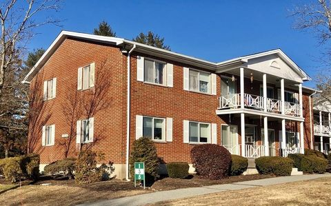 Photo of 1 Bayberry Dr Apt 1, Sharon, MA 02067
