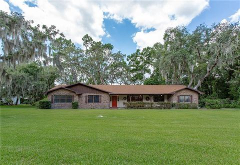 Photo of 310 Wilson Place Dr, Sanford, FL 32771