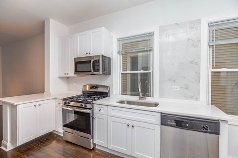 Photo of 2642 N Marshfield Ave Unit 26421, Chicago, IL 60614