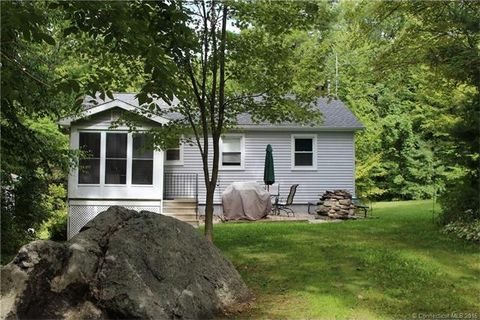5 Niles Rd, New Hartford, CT 06057