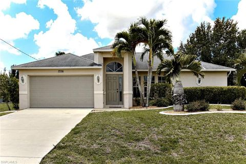 Photo of 1726 Sw 22nd Ln, Cape Coral, FL 33991