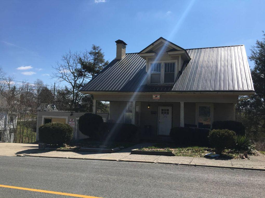 208 Beaver Ave, Beckley, WV 25801