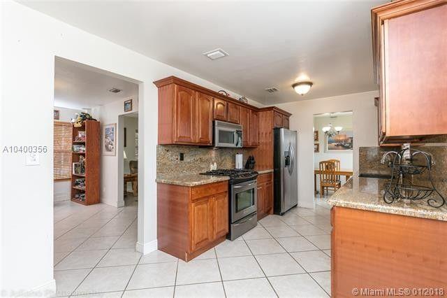 12340 Sw 34th St, Miami, FL 33175