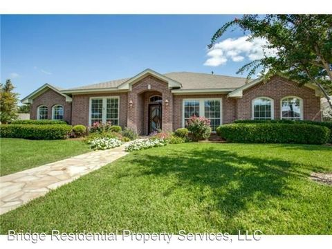 Photo of 3301 Riverwell Ct, Fort Worth, TX 76116