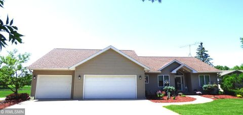 Photo of 14485 Bunker Dr, Woodville Township, MN 56093