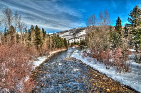 Photo of 930 Blue River Pkwy Unit 823, Silverthorne, CO 80498