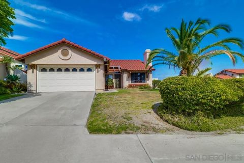 Photo of 700 Baylor Ave, Bonita, CA 91902