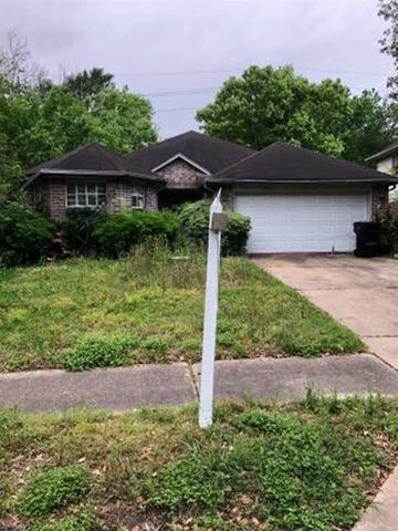 Photo of 13951 Dentwood Dr, Houston, TX 77014