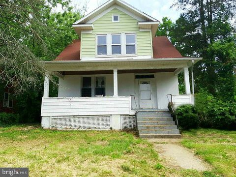 Photo of 2904 Woodland Ave, Baltimore, MD 21215