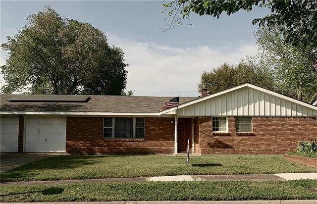 432 Fieldwood Ter Hurst, TX 76053