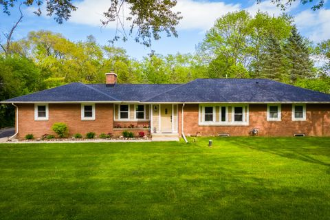 Photo of 11456 N Solar Ave, Mequon, WI 53097