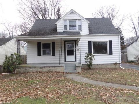 Photo of 310 Melrose Ave, Youngstown, OH 44512