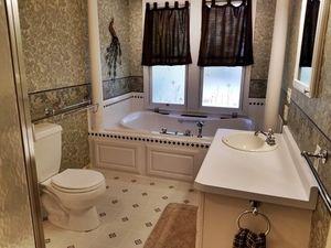 402 W Park St Marshfield Wi 54449 Bathroom