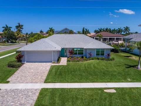 Photo of 601 Hernando Dr, Marco Island, FL 34145