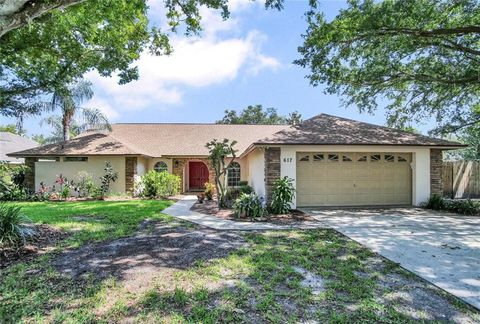 Photo of 617 Chancellar Dr, Lutz, FL 33548