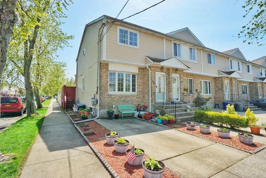 756 Barlow Ave Staten Island, NY 10312