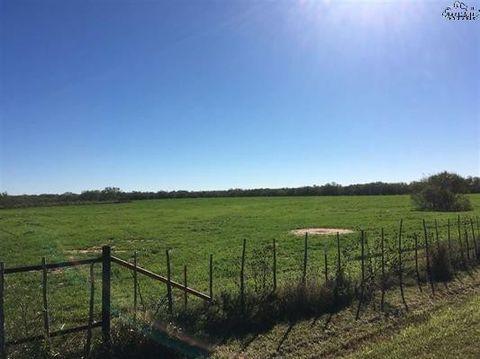 Bell Rd, Iowa Park, TX 76367