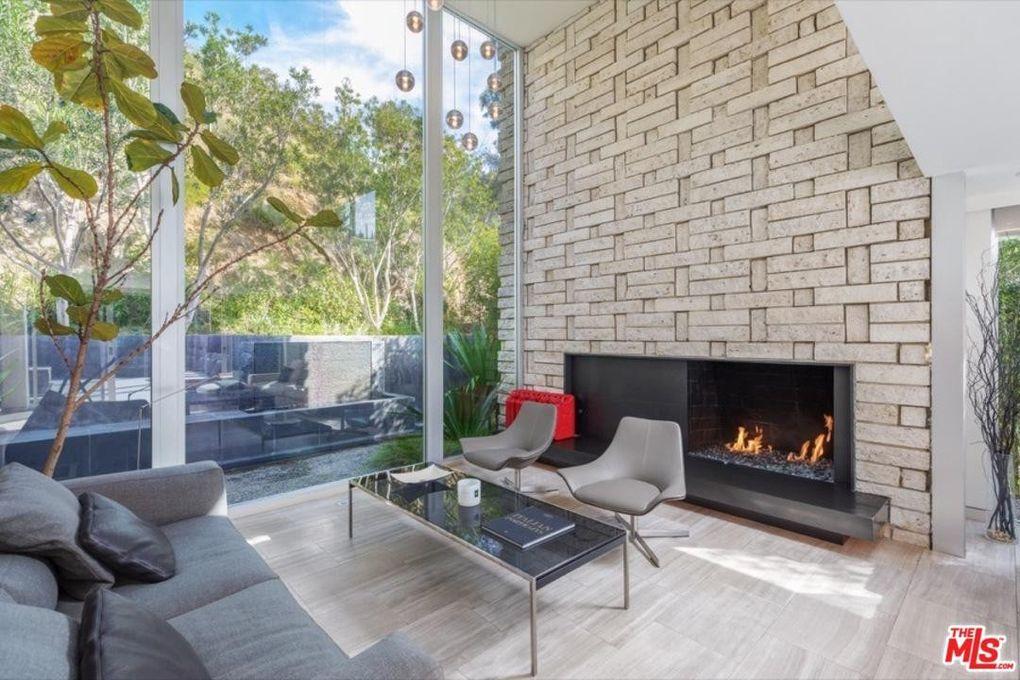 1514 Rising Glen Rd, Los Angeles, CA 90069
