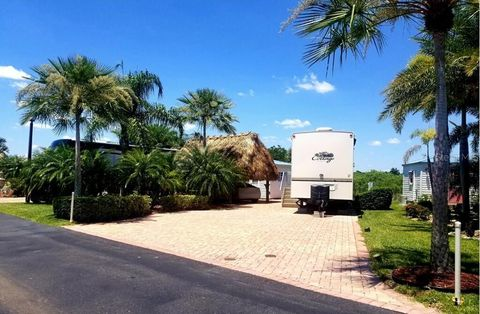 Silver Palms RV Village, Okeechobee, FL Real Estate & Homes