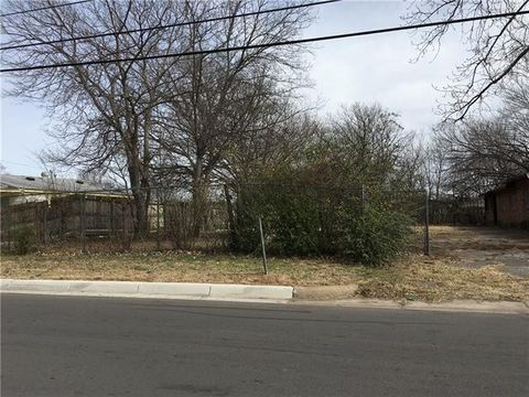 2107 Dillard St, Fort Worth, TX 76105