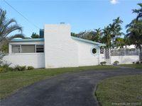 209 Navajo St, Miami Springs, FL 33166
