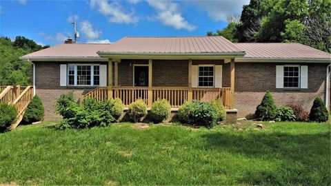 Photo of 1172 Palmer Hollow Rd, Bybee, TN 37713