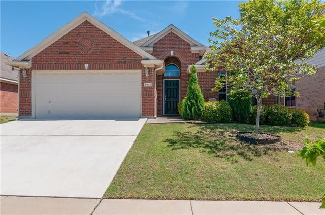 9912 Channing Rd Fort Worth, TX 76244