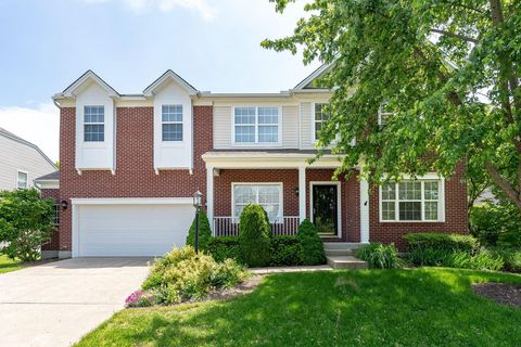Photo of 1064 Oak Forest Dr, Hamilton Township, OH 45152