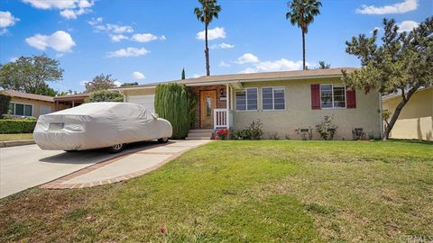 Photo of 10807 Woodbine St, Los Angeles, CA 90034