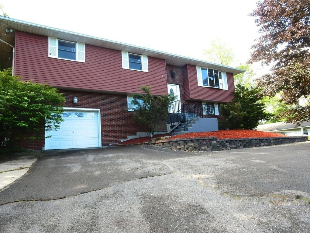 303 Wilcrest Rd, Roaring Brook Township, PA 18444 ...