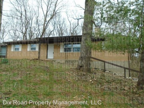 Photo of 7914 Woody Hollow Dr, West Chester, OH 45241