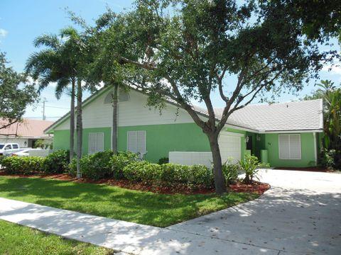 Photo of 48 Lariat Cir, Boca Raton, FL 33487