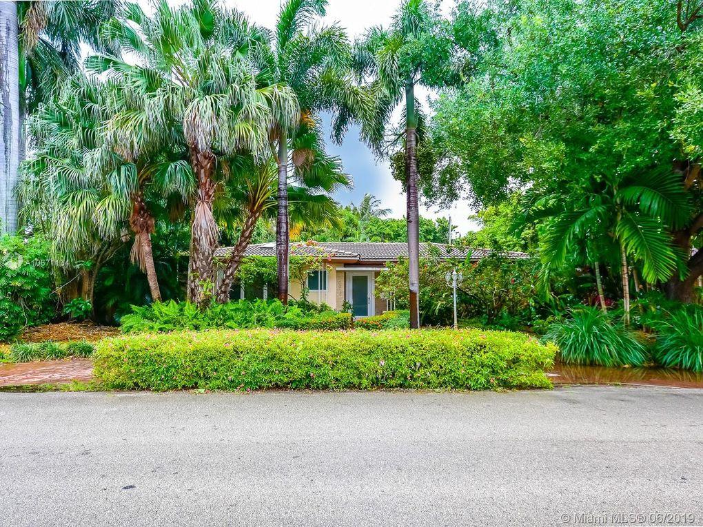 10618 Ne 10th Pl, Miami Shores, FL 33138