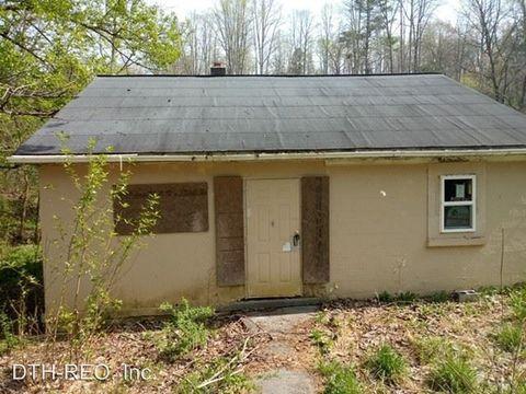 Photo of 676 Broad Hollow Rd, Pearisburg, VA 24134